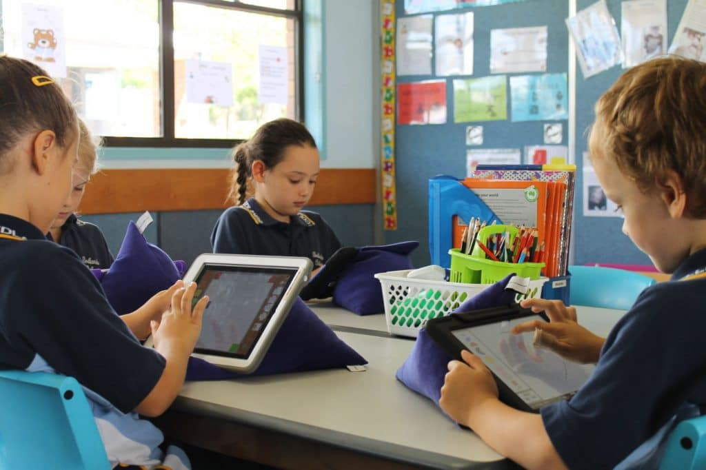 Mobile device management for schools, Managed IT for education services, educational technology redlands college digital learning