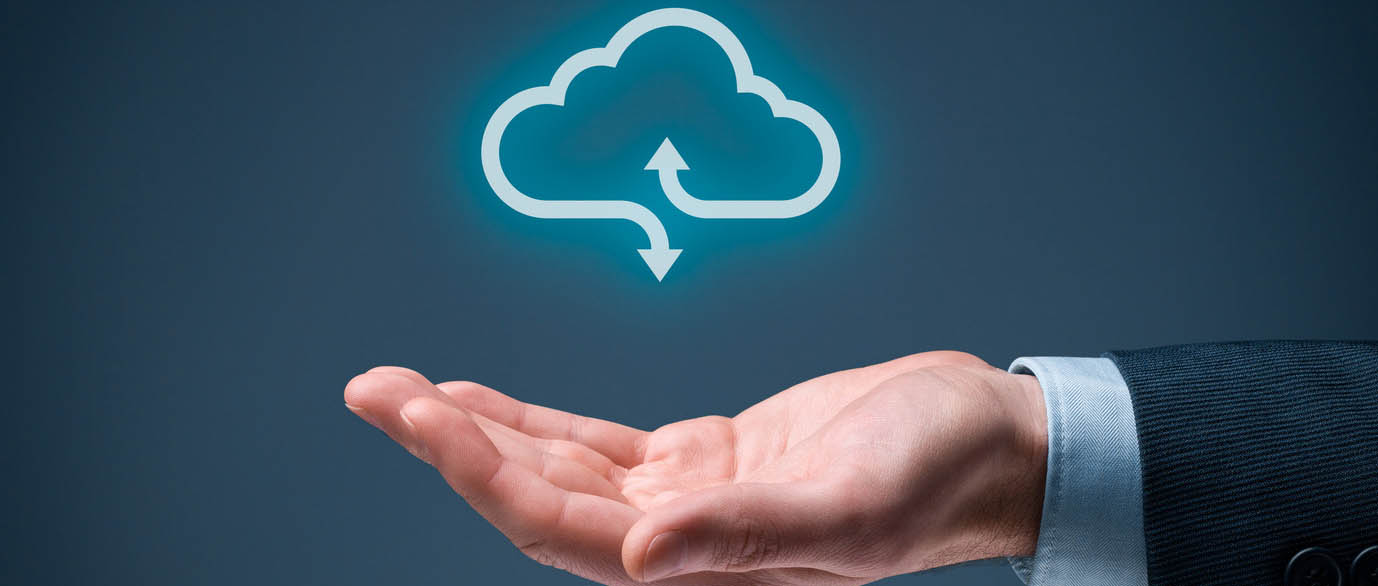 image of hand holding cloud for managed cloud services